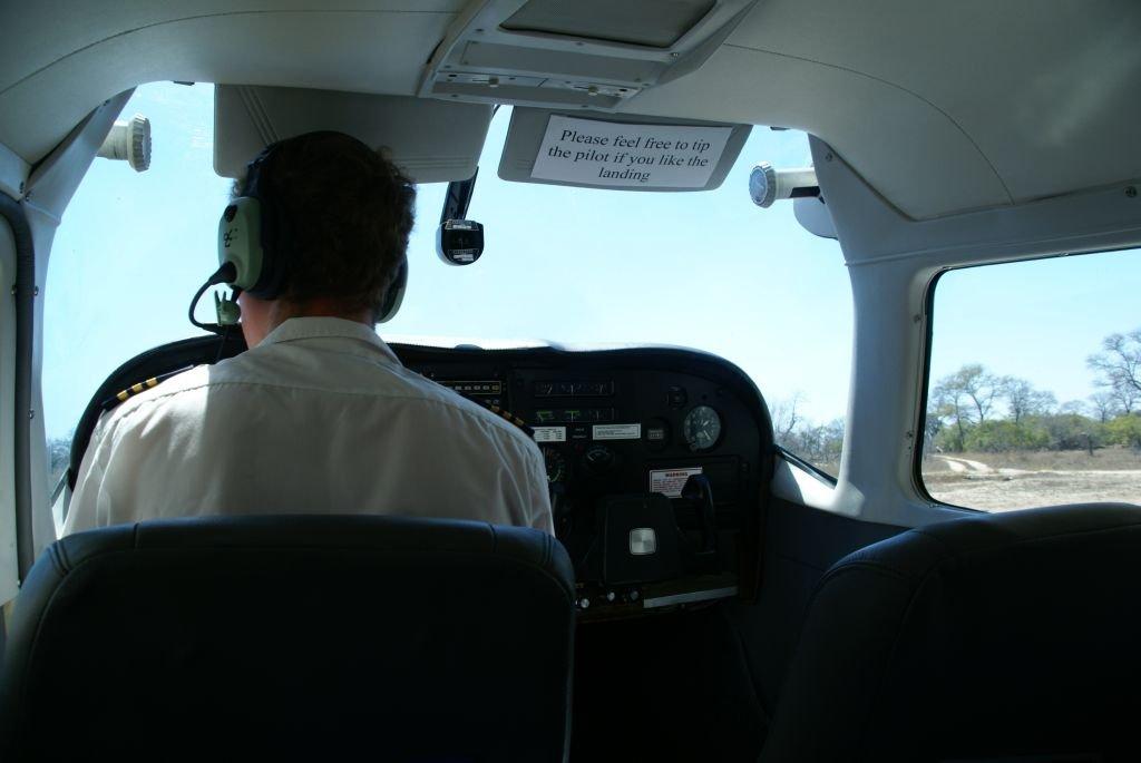 Zur Inyati mit dem Mini-Flieger